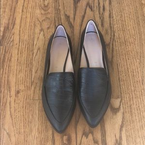 NWT Banana republic loafers size 7